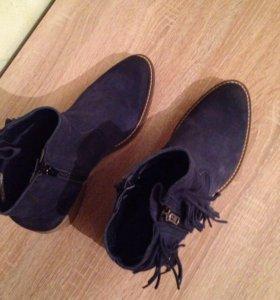 Ботинки замша Tamaris на 38,5 р
