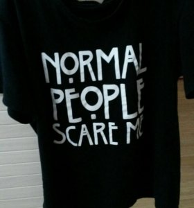 Футболка normal people scare me из АИУ