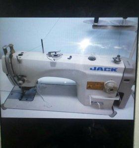 Швейная машина с обрезным ножом