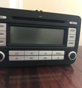 Штатная магнитола vw RCD 300 MP3