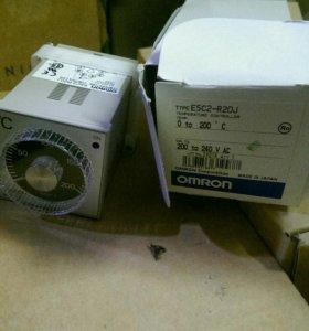 Контроллер температуры OMRON E5C2-R20J