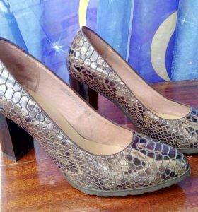 Туфли лакированные, 37 размер
