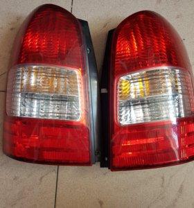 Задние фонари стопсигналы для Toyota Wish