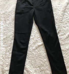 Чёрные классические брюки