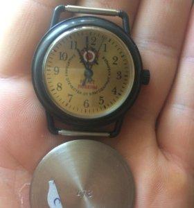 Часы памятные, противоударные ,