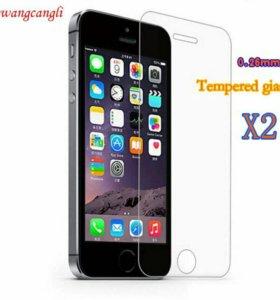 Стекло на iPhone 4 - 4s