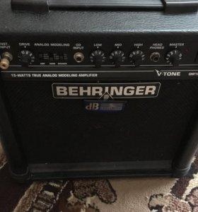 Гитарный комбик Behringer