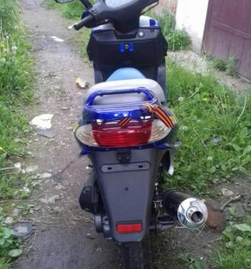 Скутер MOTOLAND