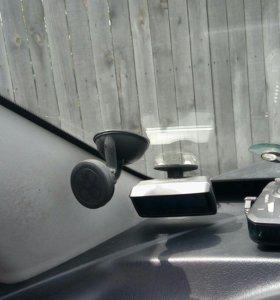 Держатель телефона в авто магнитный