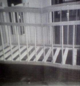 Кроватка на колёсах