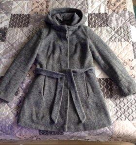 Пальто теплое демисезонное серое