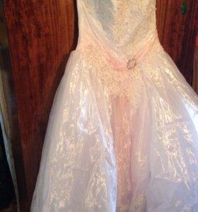 Платье свадебное или на выпускной