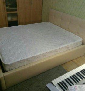 Кровать Бежевая роза с матрасом новая!