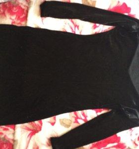 Короткие чёрное бархатное платье