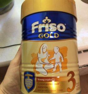 Смесь Friso Gold 3