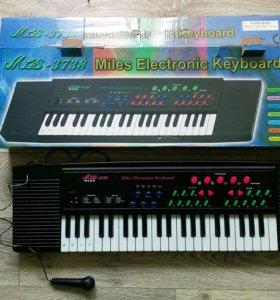 Детское пианино с микрофоном miles 3738