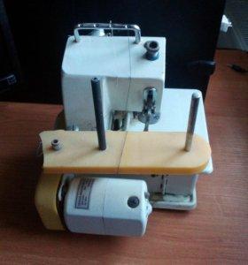 Оверлок и швейная машинка