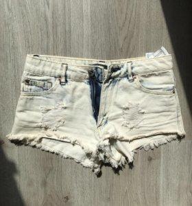 Короткие шорты Pull&bear
