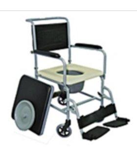 Кресло стул с санитарным оснащением