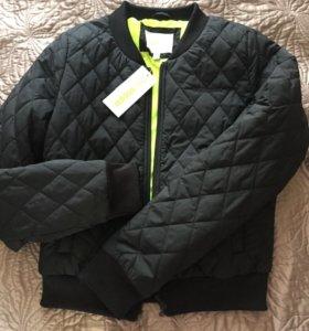 Новая куртка adidasneo