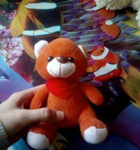3 игрушки за 100 рублей