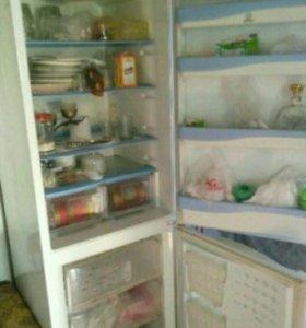 холодильник Индезит са 238 ВЫТЕКАЕТ ФРИОН