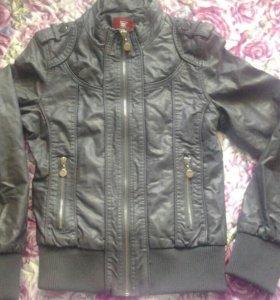 Куртка женская кожа.Размер 42-44