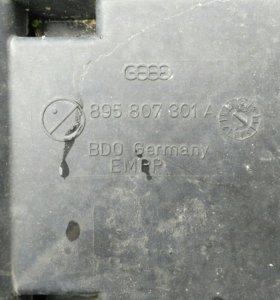 Бампер задний audi 80/90 (B3) 895807301