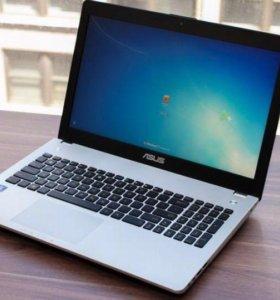 Ноутбук, полностью исправен полный комплект