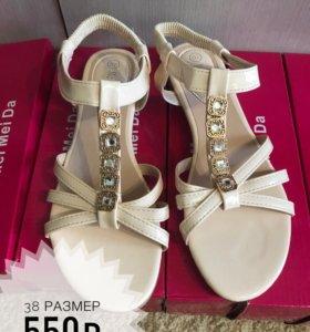 сандалии женские новые