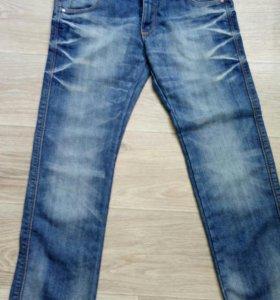 Новые джинсы на мальчика 134