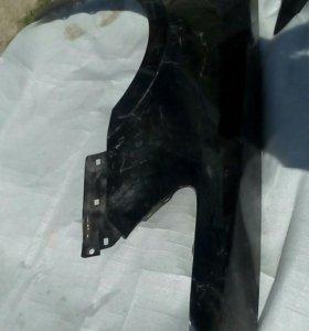 Крыло переднее правое Honda Legend 06-