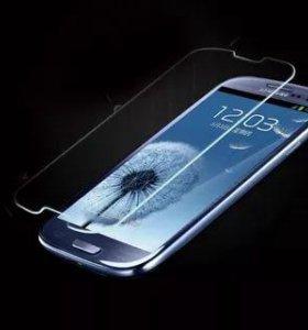 Стёкла на iPhone 5 и Samsung s3