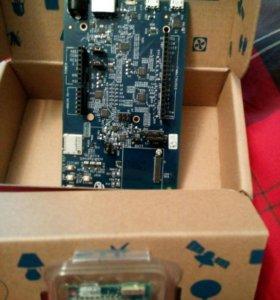 Intel Edison:Standard Power on Board Antenna+Ardui