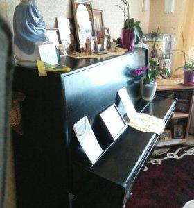 """Пианино """"Октавия"""""""