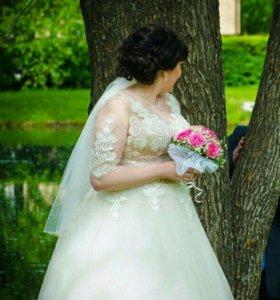 Платье свадебное!!!
