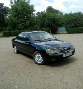 Ford Mondeo 1.8МТ, 1998, седан
