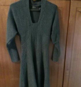 Шерстяное платье и кофта