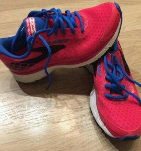 Brooks Launch 3 Women's Lightweight Running Shoes