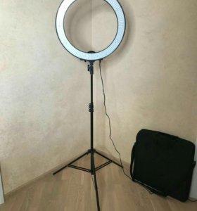 Кольцевая лампа светодиодная со штативом