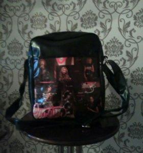 Школьная сумка.