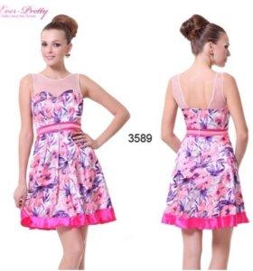 Новое атласное платье 44-46 р-р