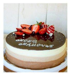 Муссовый торт ТРИ ШОКОЛАДА на заказ в Яблоновском