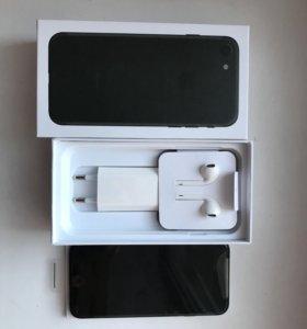 iPhone 7/128 новый