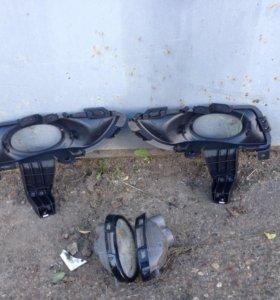 Накладки на противотуманные фонари Мазда-3 новые