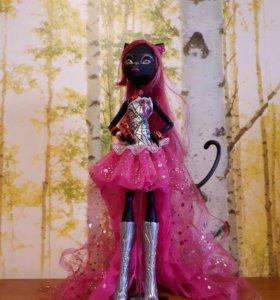 Кукла Кэтти Нуар Пятница 13