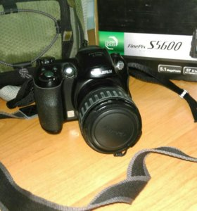 Fujifilm Finepix S series S5600