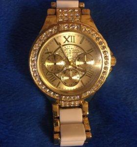Часы женские б/у
