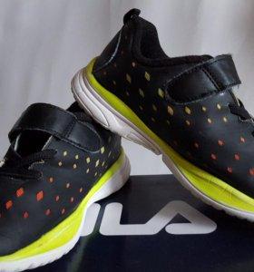 Детские кроссовки 30 размер FILA