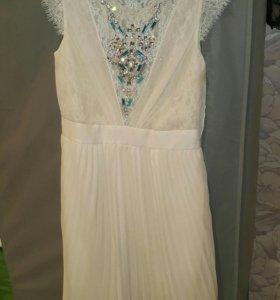 Платье Valentino белое
